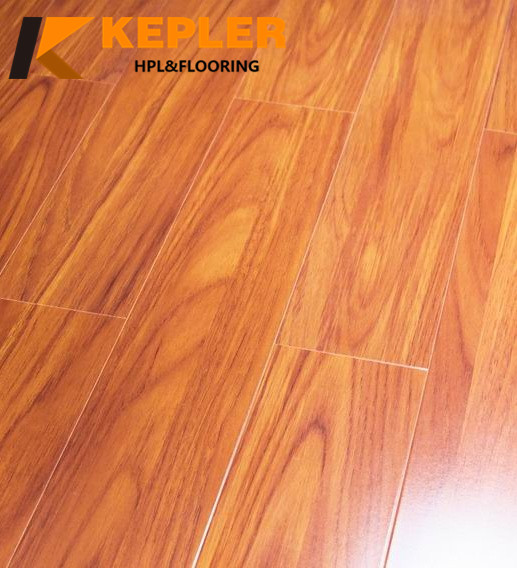 8608 U-groove laminated wood flooring